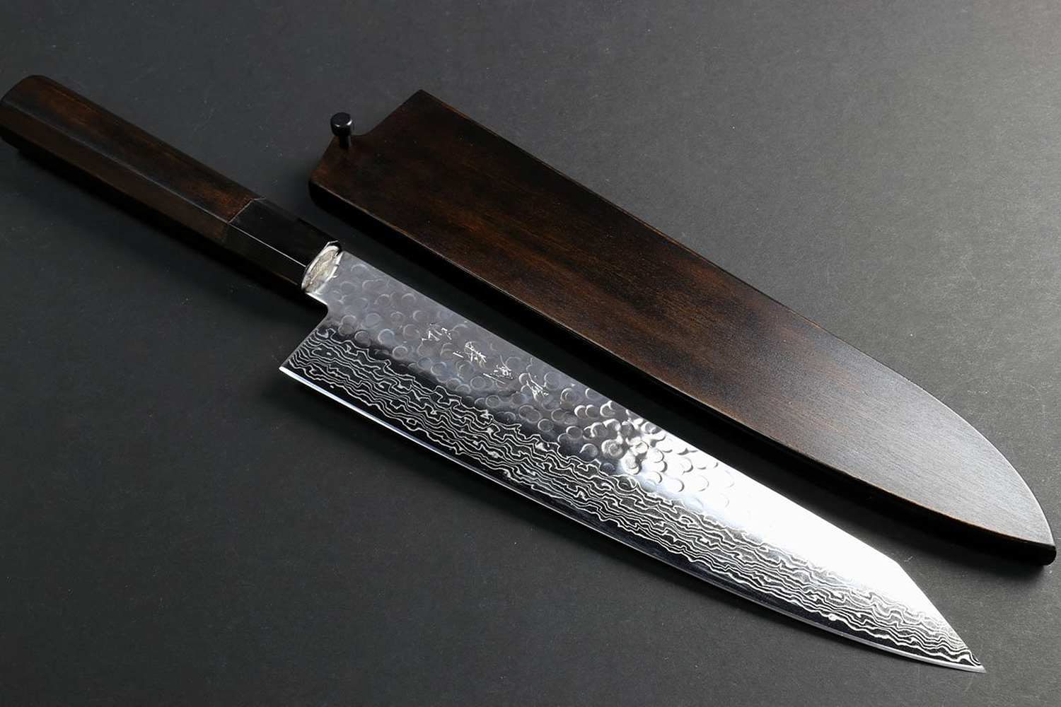 Yoshihiro Hammered Damascus NSW 46 Layers Kiritsuke (Sword Tip Knife) Japanese Sushi Sashimi Chef Knife 9.5inch(240mm) with Fuki Urushi Saya Cover